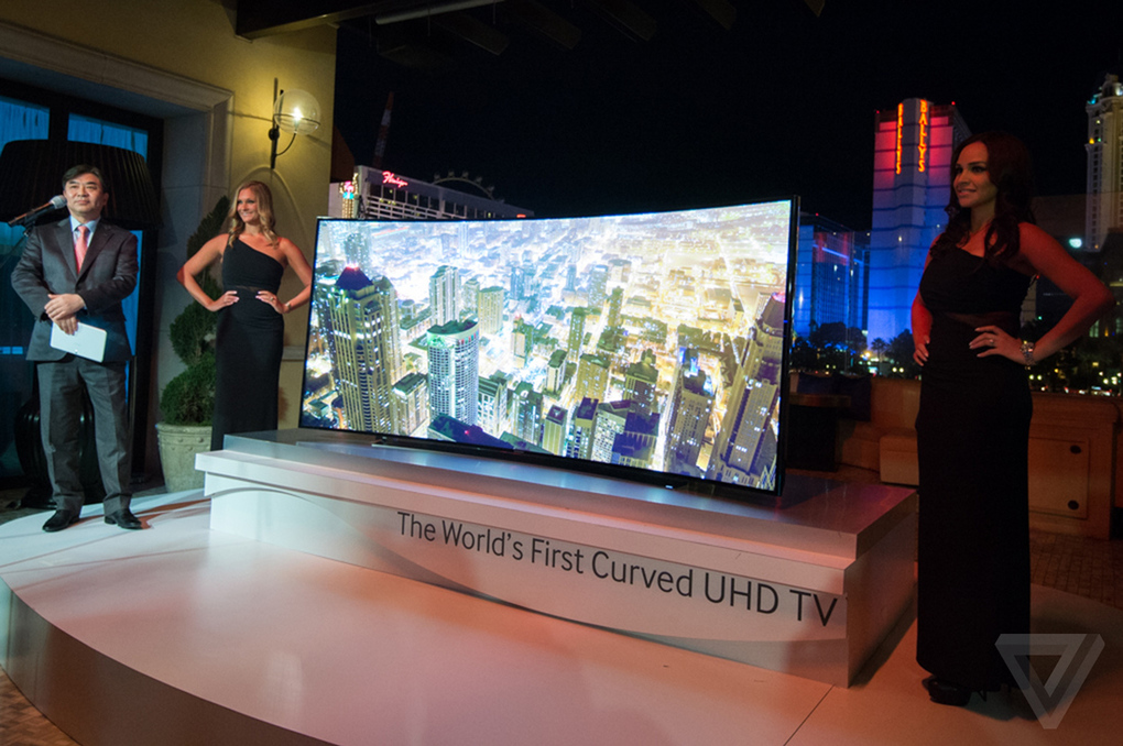 samsung-curved-tvs12_2040_verge_super_wide
